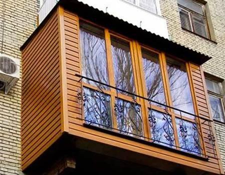 Обшивка евровагонкой балкона