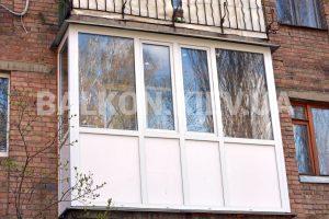 Остеклить балкон в Киеве